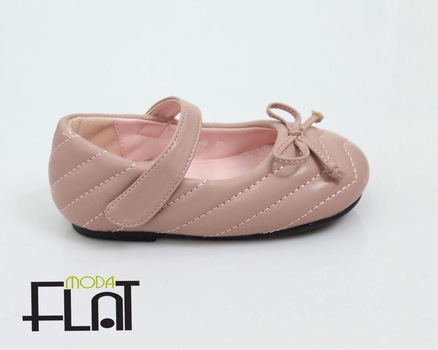 صورة لقسم حذاء بناتي
